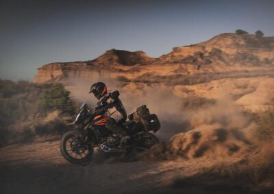 KTM390ADVENTUREMY20-Action2